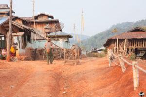 trek hsipaw-village-02