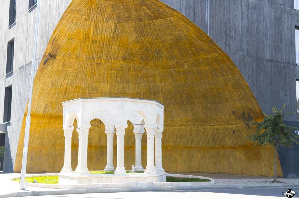 albanie-tirana-architecture